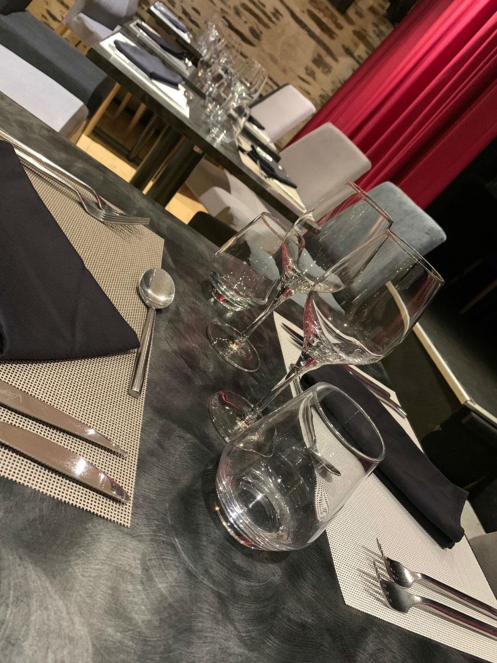 cafe-restaurant-theatre-001